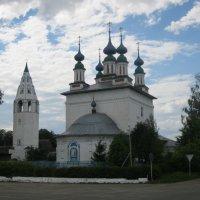 Троицкая церковь, Ивановская обл. :: Александр Надежин
