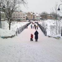 Мост в Алексанровском парке. :: Павел Михалев