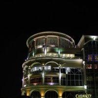 Ночной торговый центр :: Андрей Тер-Саркисов