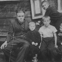 Братья и племянник :: Геннадий Храмцов