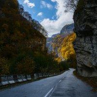 По горным дорогам... :: Юрий Губков