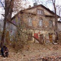 В Спасоглинищевском переулке в центре Москвы :: Елена Гаврилова lega