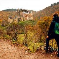 Вид на Замок Эльц :: Денис Шамов