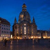 Дрезден. Площадь Нойнмаркт. Фраукирхен (ночью) :: Виталий Латышонок