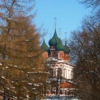 Остатки крепостных валов и Церковь Михаила Архангела. :: Galina Leskova