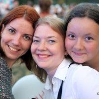 три девицы три звезды три красавицы :: Олег Лукьянов