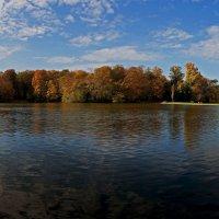 Озеро в народном парке :: Alexander Andronik