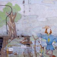 Роспись во дворе Архангельского переулка :: Елена Гаврилова lega