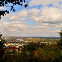 Осенний вид на город :: galina tihonova
