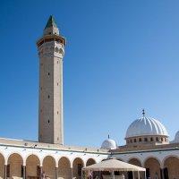 внутренний двор мечети :: Константин Нестеров