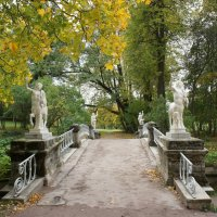 Мост Кентавров Мост Кентавров через реку Славянку :: Елена Павлова (Смолова)