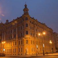 Дом у Таврического :: Сергей Базылев