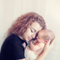Прекрасен мир любовью материнской .... :: Евгения Малютина