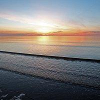 Северодвинск. Белое море. Волна, как струна :: Владимир Шибинский