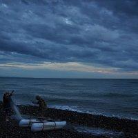 Жил старик со своею старухой у самого синего моря… :: Ирина Данилова