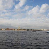 Через Неву на Заячий остров :: Наталья