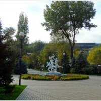 Ретро скульптура на ростовской набережной... :: Тамара (st.tamara)
