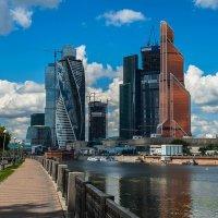 Москва-Сити :: Владимир Лисаев