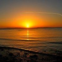 Восход Солнца :: Oksana