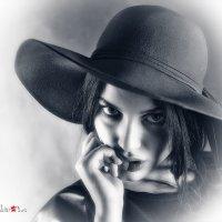 портрет Дамы в шляпке :: Борис Соловьев