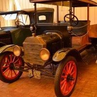 Автомобиль Ford-T 1915 года выпуска :: Владимир Болдырев