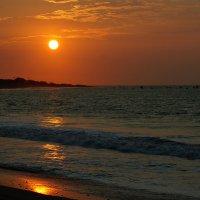 В шесть вечера на Тихом океане :: Igor Khmelev