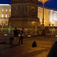 Вечером на Дворцовой :: Роман Маркин
