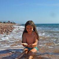 В Красном море песок золотой, солнцем отлитой.) :: Oksana