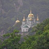 Храм в имя Архангела Михаила Архистратига :: Алена и Денис Щитовы