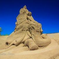 Выставка песчаных фигур_4 :: Дмитрий Перов