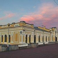 вокзал на закате :: Сергей Кочнев