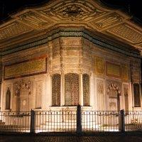 Старинный павильон в Стамбуле :: Алёна Соколова