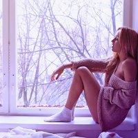 у окна :: Марина Лощенко