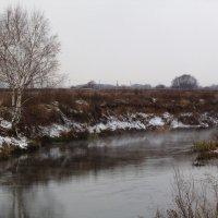 Поздняя осень на реке :: Андрей Снегерёв