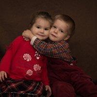 Братик и сестренка :: Alex Wolf