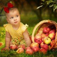 яблочный портрет :: Анастасия Аникеева