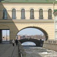 Эрмитажный мост :: Олег Попков