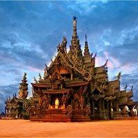 Храм Истины,  Тайланд :: Евгений Доманов