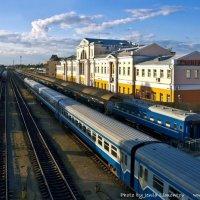 Приходят поезда ... уходят поезда :: Евгений Лимонтов