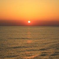 Закат, на средиземном море :: alex chernyakov