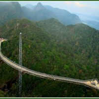 Небесный мост о.Лангкави :: Евгений Печенин