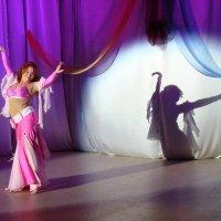 Восточный танец :: Елена Перевозникова