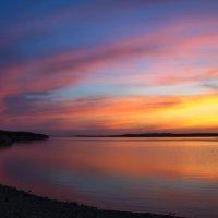 Кусочек вечернего неба :: Андрей Васильев