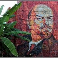 мозаичное панно В.И. Ленина в Сочи :: Светлана Кажинская