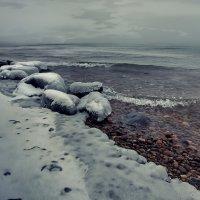 Метет поземка над водой...метет поземка :: Александр   Матвей БЕЛЫЙ