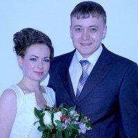 Молодожены Коля и Юля :: Инна Ивановна Нарута