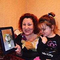 Бабуся з внучкою :: Степан Карачко