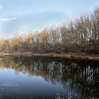 Осеннее озеро :: Юрий Анипов