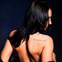 Девушка с татуировкой :: Инга Туманова