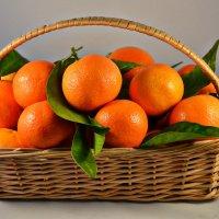 оранжевый натюрморт :: Nelly G